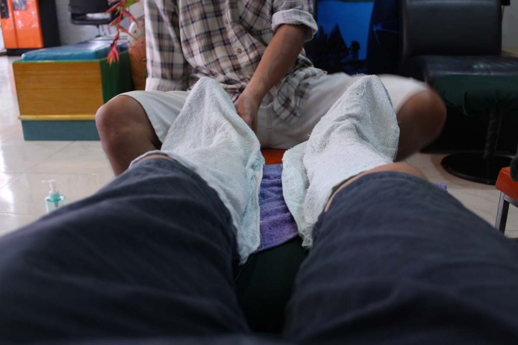 Foot massage for 200 baht